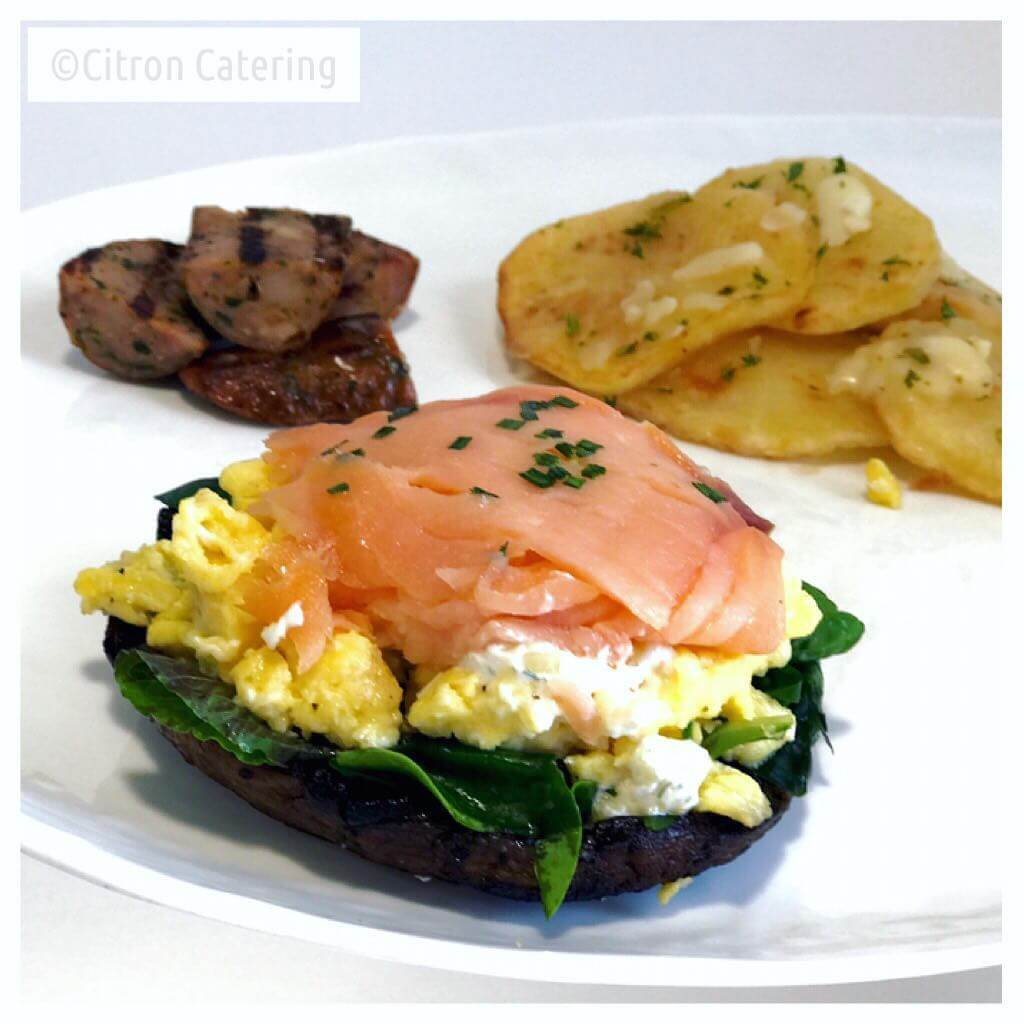 #glutenfree Portobello Mushroom #breakfastsandwich with #smokedsalmon