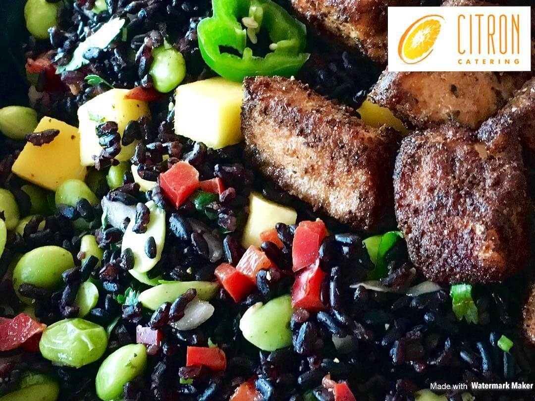 With Halloween 👻 fast approaching, be encouraged to create themed foods that are not only healthy, but tasty, too! This Halloween themed salad of Forbidden (BLACK) Rice 〰 (ORANGE) Mango🔸, Edamame 💚, and a BITE with Jalapeño!🌶 VEGAN unless you add BLACKENED Salmon Medallions (as pictured)